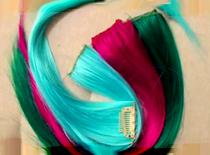 Jak dopinać kolorowe pasemka
