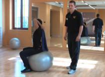 Jak ćwiczyć w parach #2 - Ćwiczenie na mięsień trójgłowy ramienia