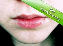Jak dbać o usta - domowy sposób na pomadkę ochronną