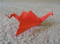 Jak zrobić smoka z rozpiętymi skrzydłami z papieru
