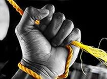 Jak wykonać 2 sztuczki ze sznurkiem - zawiązywanie i przenikanie