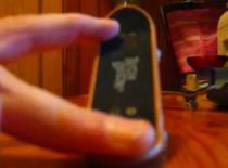 Jak zrobić kickflipa na fingerboardzie