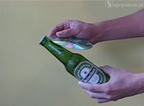Jak otworzyć piwo płytą CD