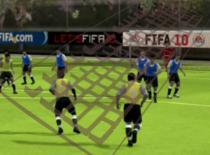 Jak wykonywać triki i zwody w FIFA 2010 na klawiaturze