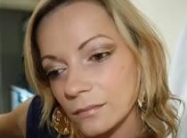 Jak wykonać makijaż w brązowych i złotych odcieniach