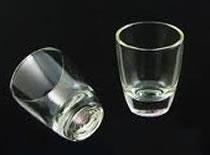 Jak wygrać zakład z rozdzielaniem szklanek