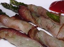 Jak przygotować grillowane szparagi w boczku