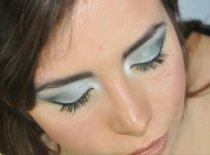 Jak zrobić makijaż na imprezę w srebrnych odcieniach