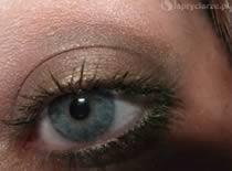 Jak zrobić brązowo zielony makijaż