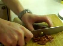 Jak zrobić sałatkę ze szpinaku i avocado w słodkim sosie