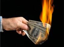 Jak wykonać doświadczenie z płonącym banknotem