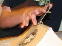 Jak zrobić ollie na fingerboardzie - dla początkujących
