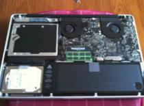 Jak dostać się do podzespołów MacBook Pro Unibody