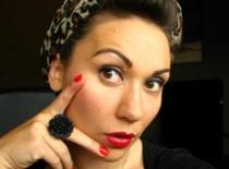 Jak zrobić makijaż w stylu Pin Up Girl