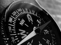 Jak rozpoznać strony świata na 3 sposoby bez kompasu