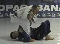 Jak zablokować przeciwnika - Balacha z kolana na brzuchu