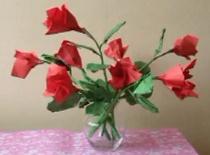 Jak zrobić różę origami wraz z łodygą