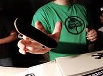 Jak zrobić 360 flipa na fingerboardzie