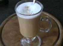 Jak zrobić kawę imbirową z miodem i cynamonem