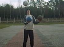 Jak nauczyć się żonglerki 3 piłkami