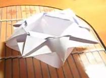 Jak zrobić koszyczek origami z dwóch kartek