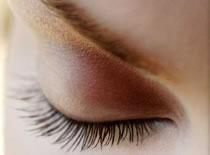 Jak zrobić makijaż pod okulary