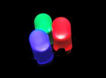Jak zrobić pulsującą diodę LED