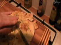 Jak zrobić chlebek czosnkowy