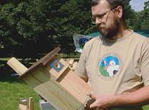 Jak zbudować skrzynkę lęgową dla ptaków