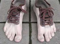 Jak pozbyć się zapachu z butów