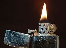 Jak wykonać trick z zapalniczką