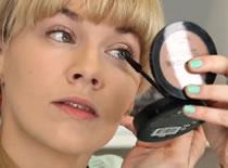 Jak wykonać dwukolorowy makijaż ust