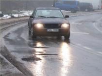Jak radzić sobie z dziurami na drodze