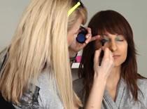 Jak zrobić chabrowy make up