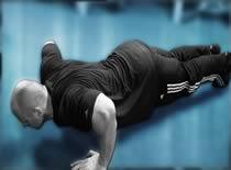 Jak ćwiczyć mięśnie klatki piersiowej - pompki klasyczne