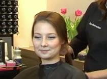 Jak zrobić irokeza z długich włosów