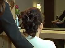 Jak upiąć krótkie włosy w kok klasyczny