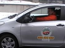 Jak wykonać parkowanie równoległe tyłem - kurs jazdy