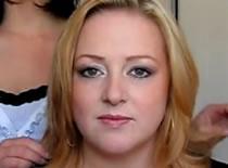 Jak wykonać makijaż dla zielookiej z opadającymi powiekami