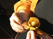 Jak zrobić róże z liści klonu