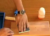 Jak woskować surowe drewno