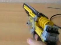 Jak zrobić rewolwer na gumki z klocków Lego