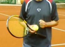 Jak nauczyć się forehandu w tenisie
