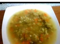 Jak zrobić zupę ogórkową - dieta 1000 kcal