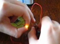 Jak przesyłać prąd bezprzewodowo