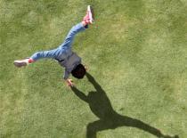 Jak wykonać Slanted Cartwheel