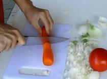 Jak wybrać nóż kuchenny - porównanie klasycznego z ceramicznym