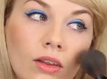 Jak wykonać kolorową kreskę eyelinerem