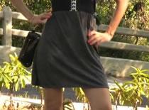 Jak zrobić elegancką sukienkę z czarnym pasem