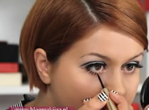 Jak wykonać make up w stylu Twiggy